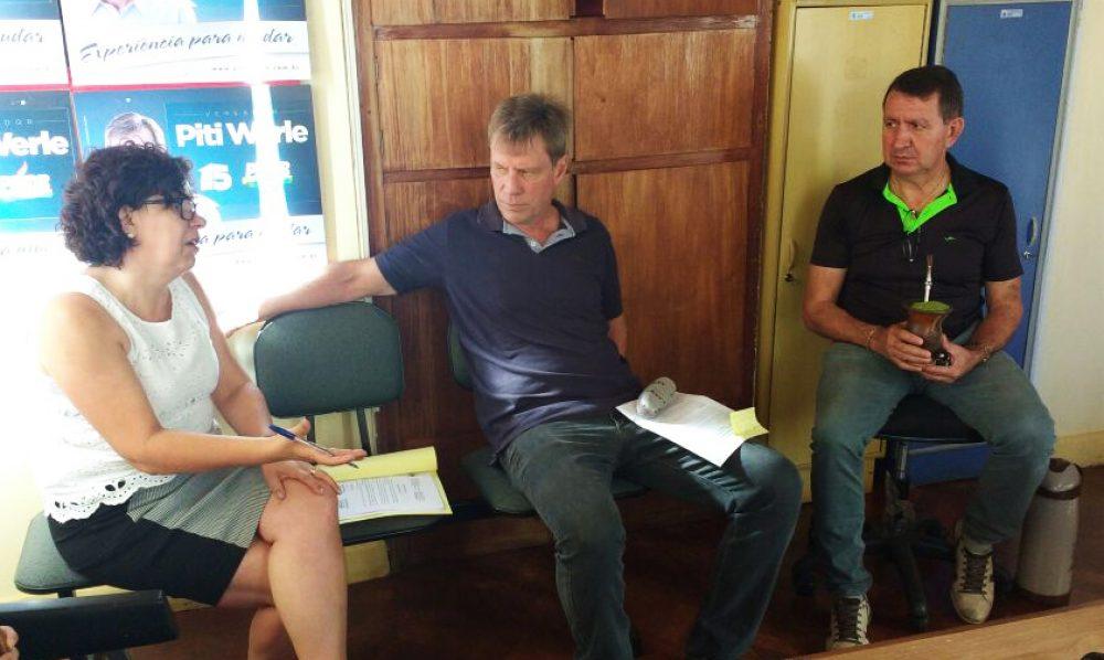 Vereadores debateram sobre elaboração do projeto. Fotos: Assessoria Câmara