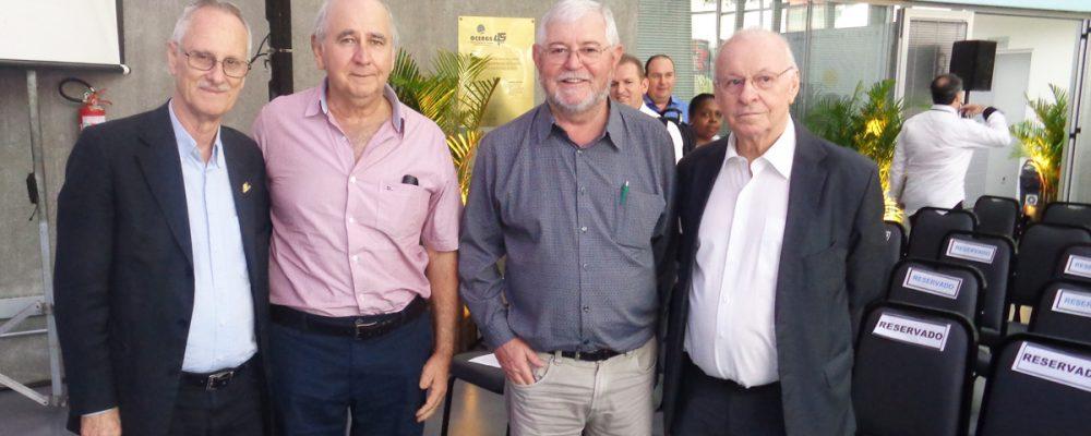 Vergilio Perius, Ivo Batista, Aquilino Della Libera e Odacir Klein. Foto: divulgação Assessoria Coopatrigo