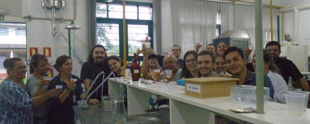 Professores, alunos e participantes do Curso Mestre Cervejeiro. Foto: divulgação