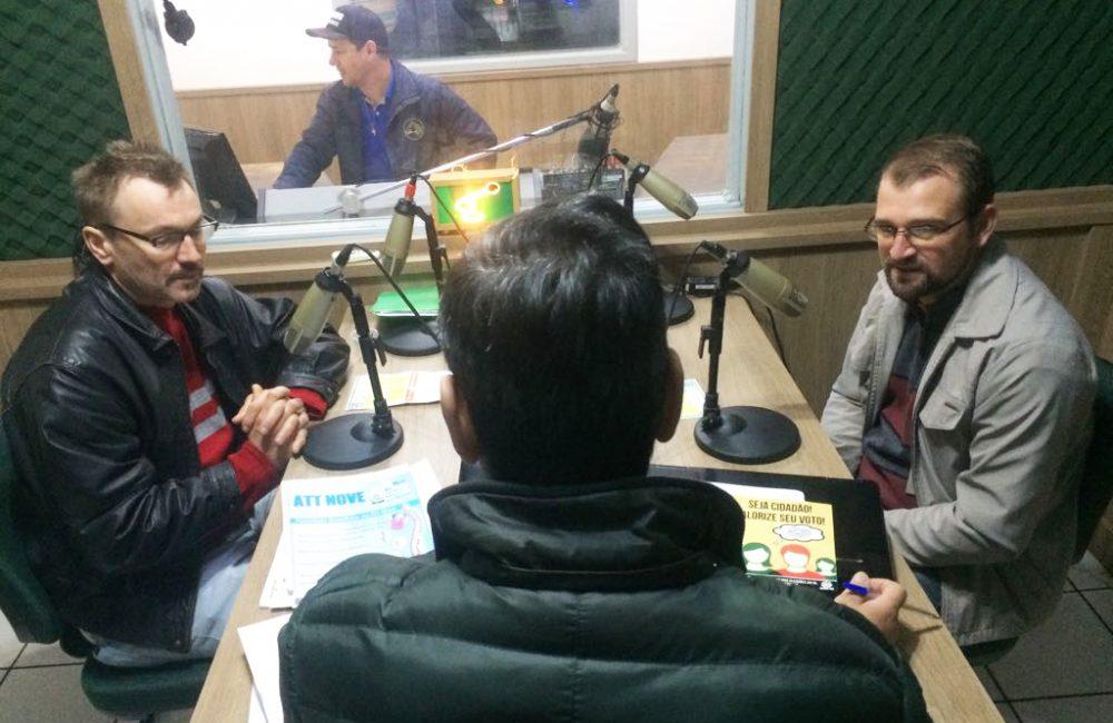 Geovani e Rafael participaram do programa Expressão Livre. Foto: Genaro Caetano/Rádio São Luiz