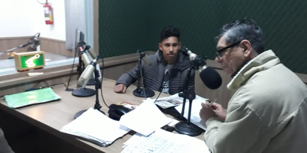 Luiz Rodrigo em entrevista com João Ribeiro