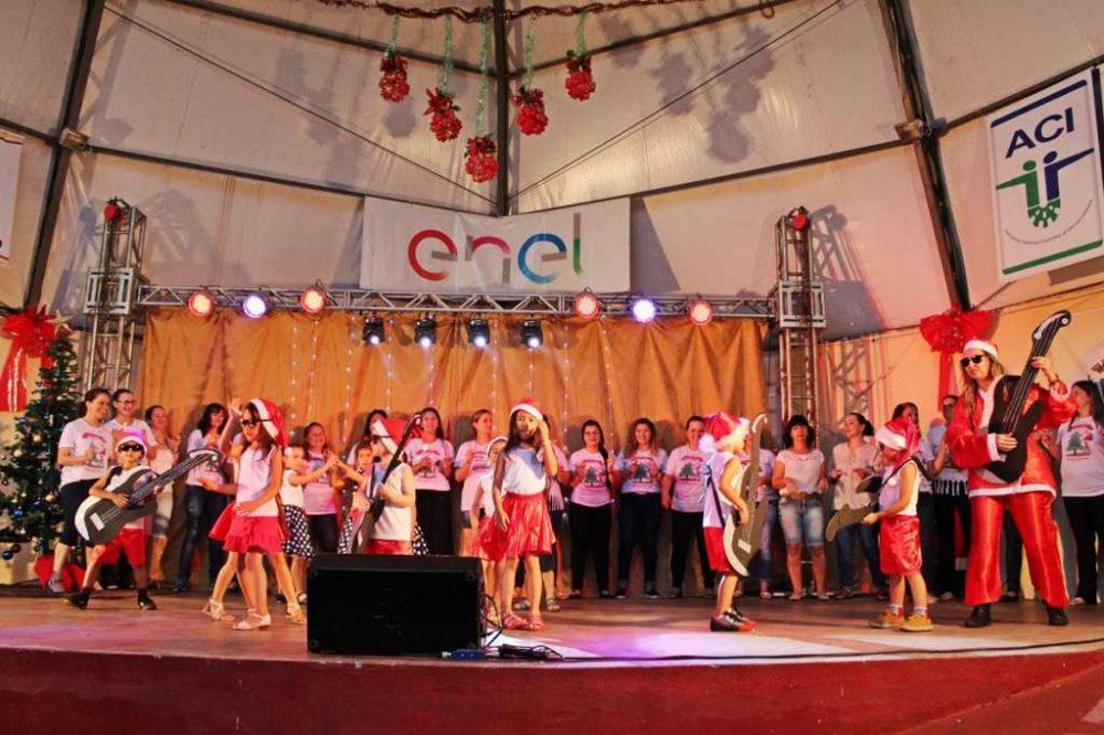 Natal Encantado das Escolas Municipais ocorre no domingo